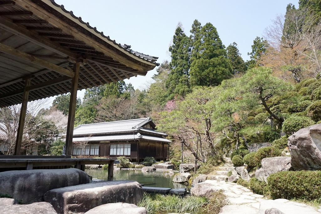 【東近江市のおすすめ観光スポットまとめ】天台宗湖東三山釈迦山「百済寺」の美しい庭園