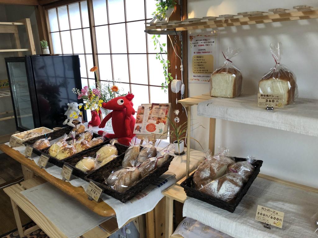 【東近江市の人気のパン屋まとめ】天然酵母パン ハムンダー・ベーカリーのラインナップ